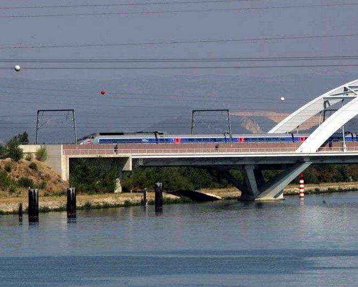 Fabrice Brun défend le projet de la gare TGV d'Allan et les TGV de la gare de Montélimar – Le Dauphiné Libéré