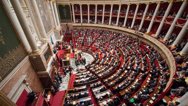 Réforme de la Constitution : le Gouvernement doit retrouver le sens des priorités!
