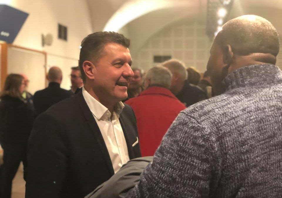 Cérémonie de voeux 2019 – A Vals-les-Bains et Ucel comme partout ailleurs, je suis disponible et à l'écoute.