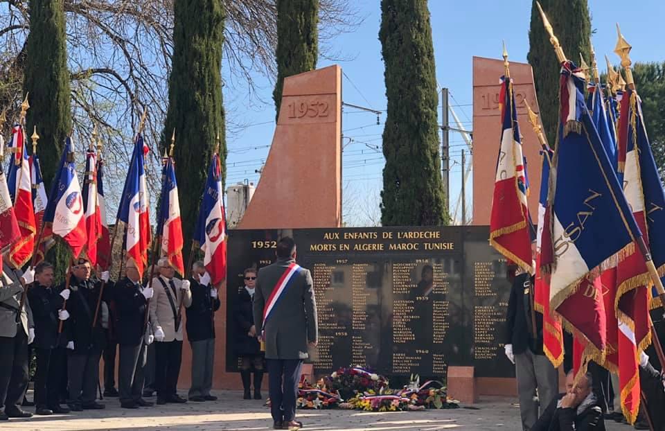 Commémoration du 19 mars – Fier de porter l'écharpe tricolore pour rendre hommage à nos valeureux anciens combattants.