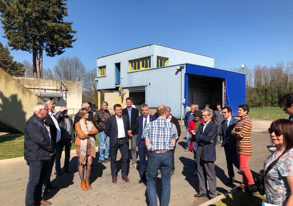 Visite du projet de station d'épuration à Aubenas avec Martial Saddier : préserver la qualité des milieux aquatiques est une priorité.