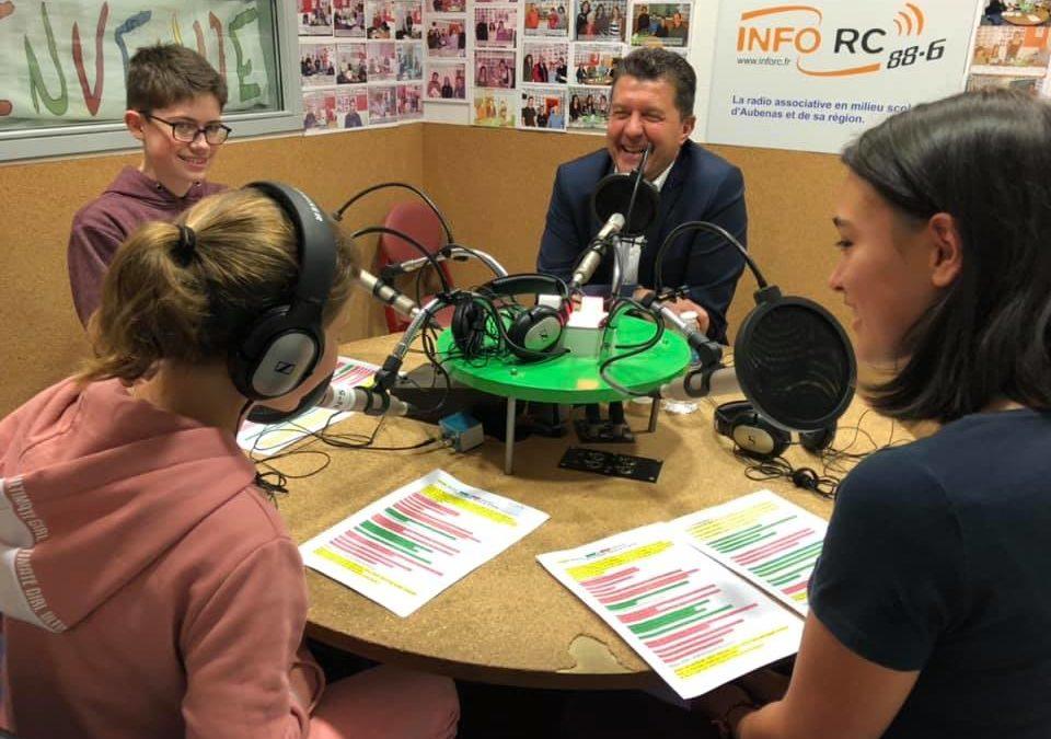 Interview dans les studios d'Info RC par les élèves du lycée Gimond et du collège Roqua d'Aubenas