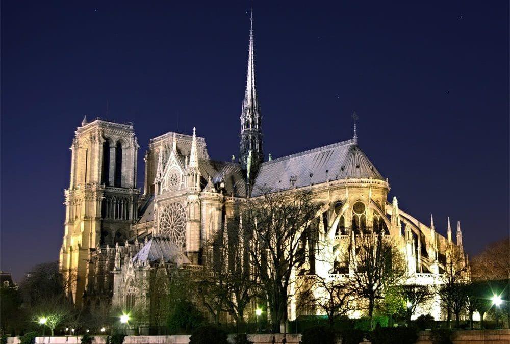 Nous sommes tous concernés car c'est dans des lieux comme Notre Dame que bat le cœur de la France.