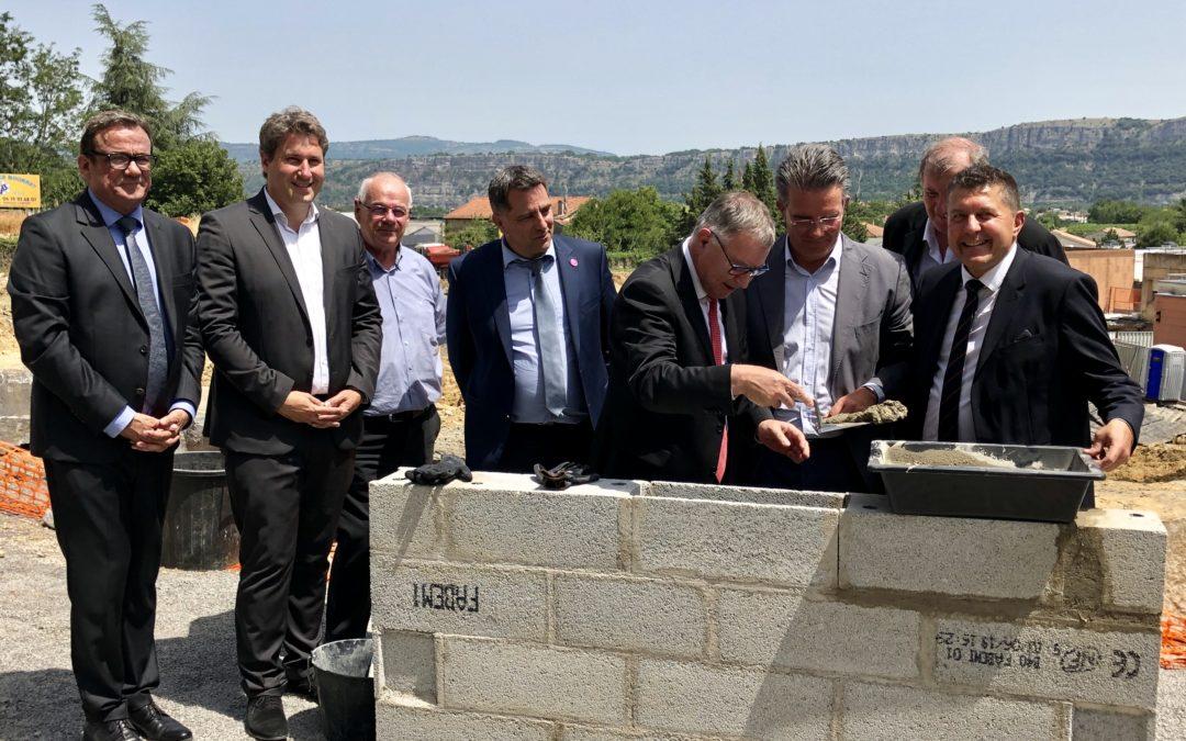 Pose officielle de la première pierre de 15 millions d'euros de travaux de modernisation du Centre Hospitalier d'Aubenas.