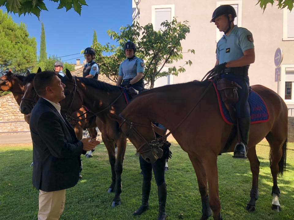 Lancement officiel du poste à cheval de la Garde Républicaine à Ruoms