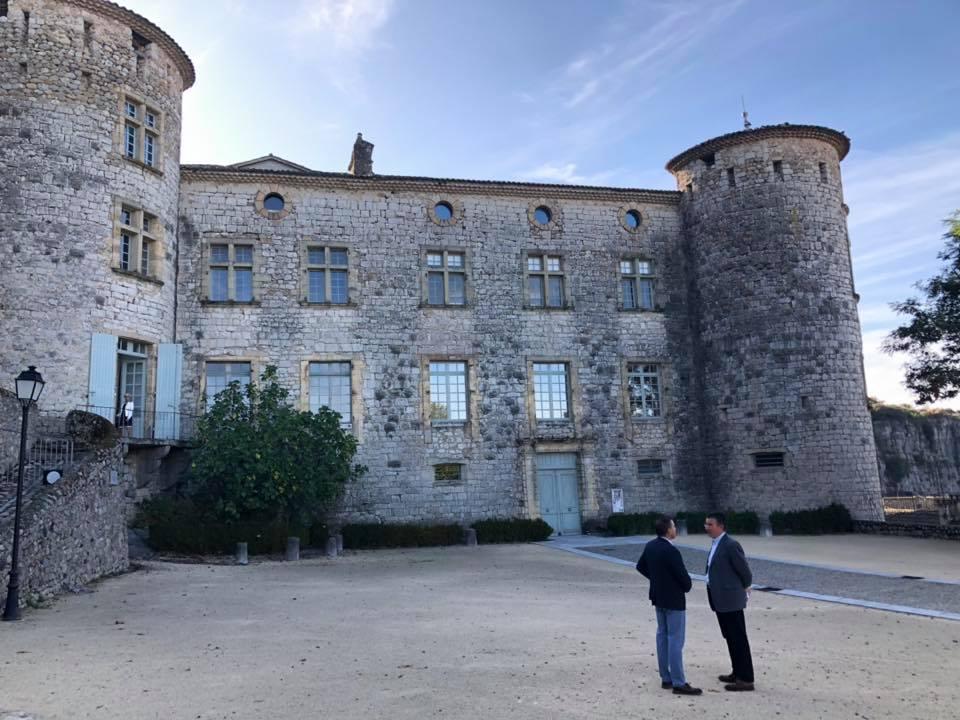 Echanges et visite du château de Vogüé avec les membres de l'association Vivante Ardèche