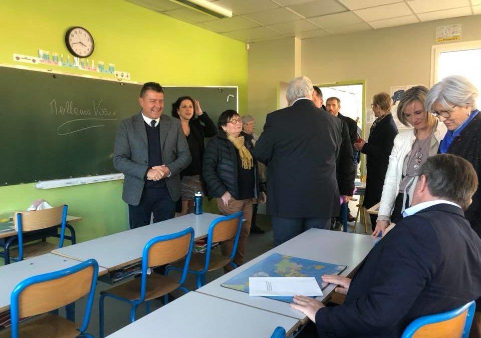 Inauguration de la rénovation du regroupement pédagogique VOLAMAU