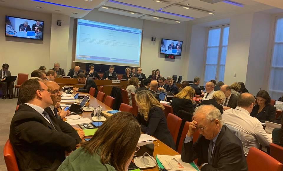 Poursuite des travaux de la commission spéciale chargée d'examiner le projet de loi de réforme des retraites