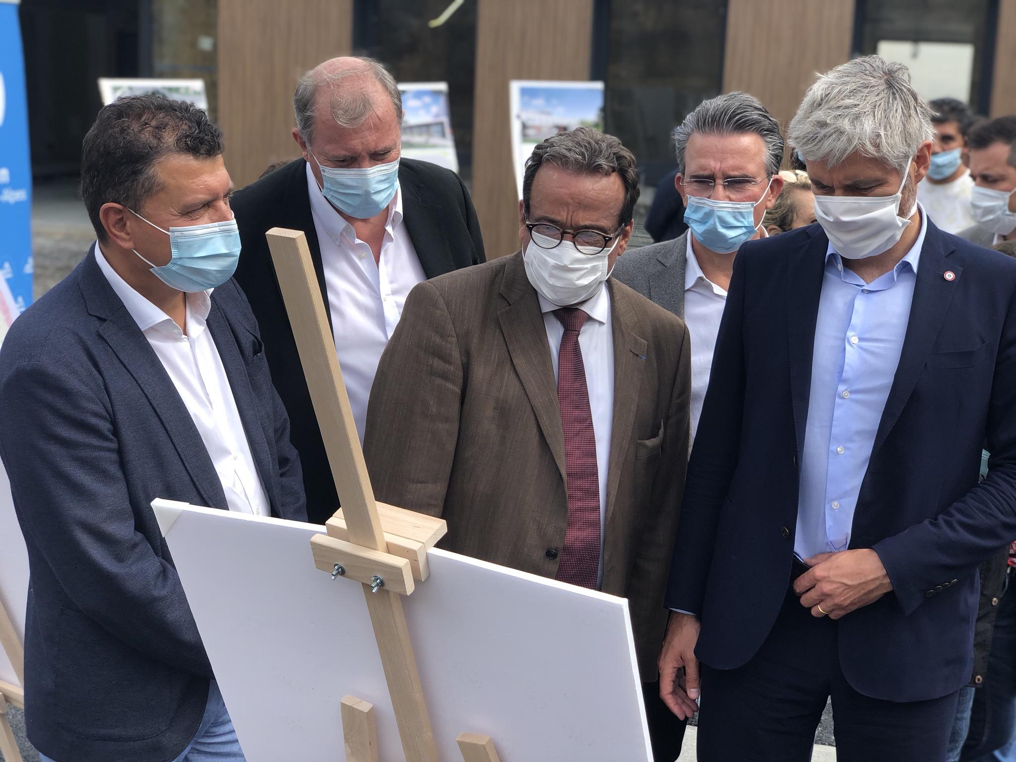 2 millions d'euros d'aide exceptionelle apportés par la région Auvergne-Rhône-Alpes à l'hôpital d'Aubenas