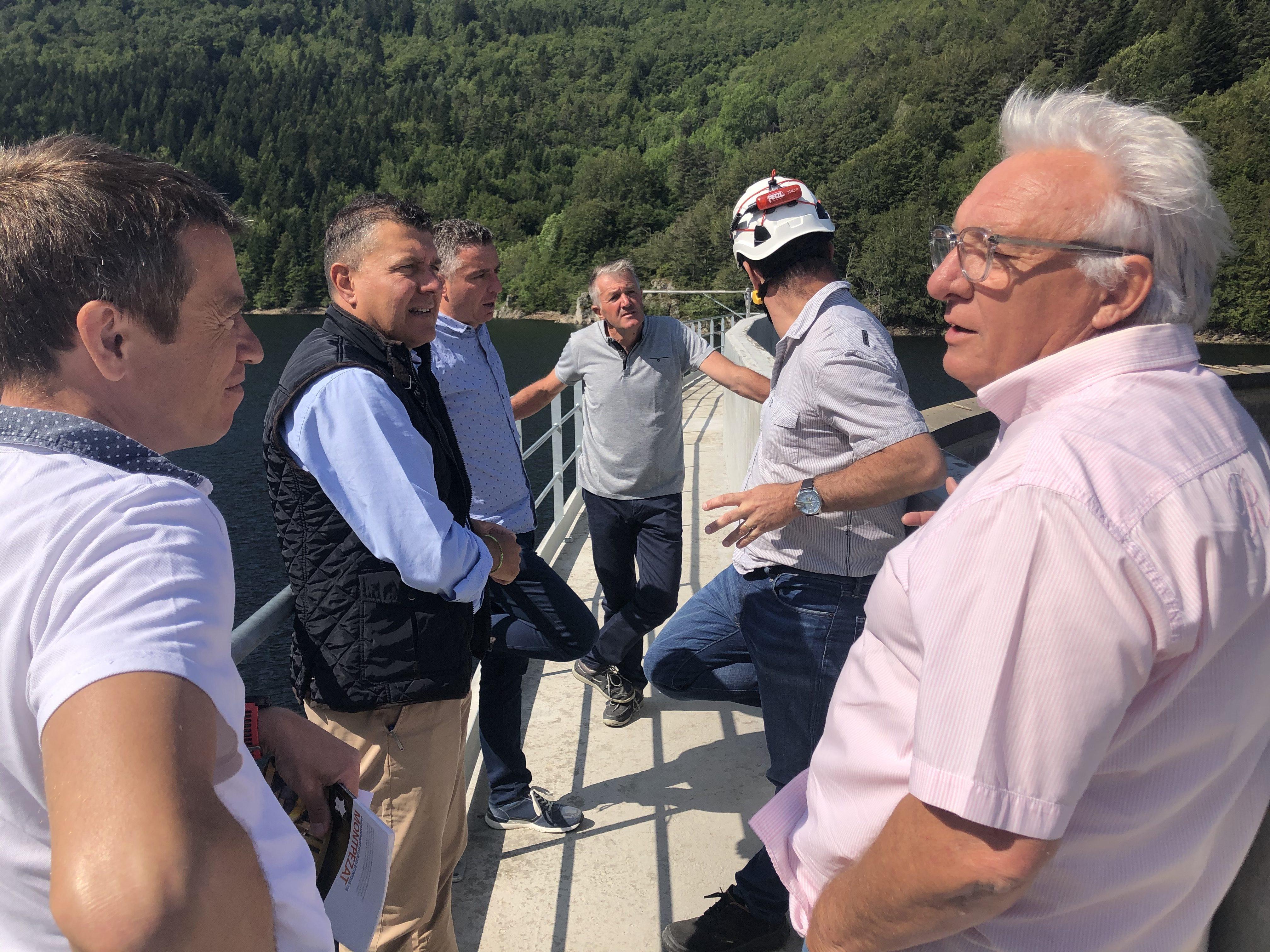 Réunion de travail sur les barrages de La Palisse et du Gage.