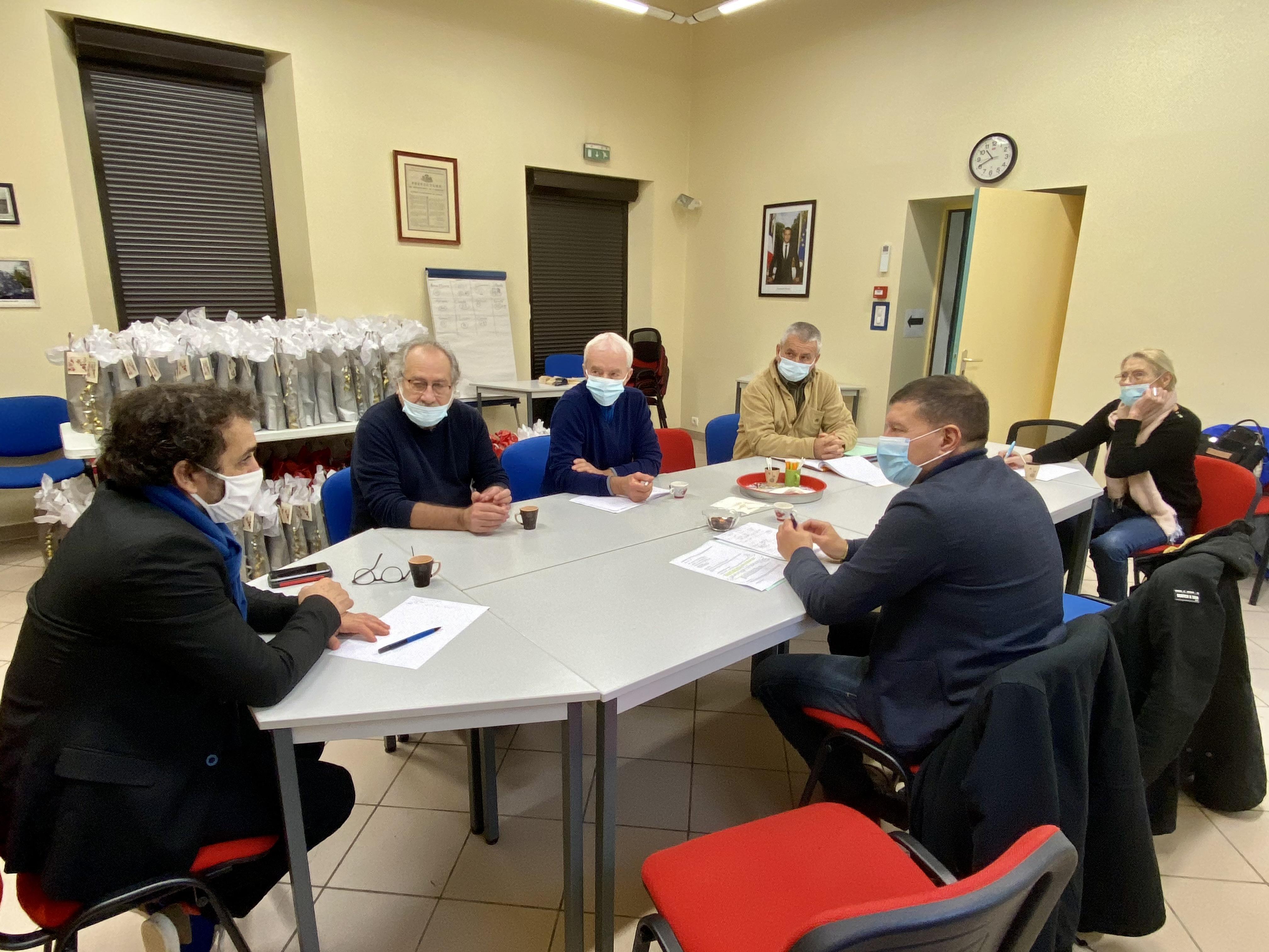 Réunions de travail avec les équipes municipales de Saint-Alban-Auriolles et Chandolas.