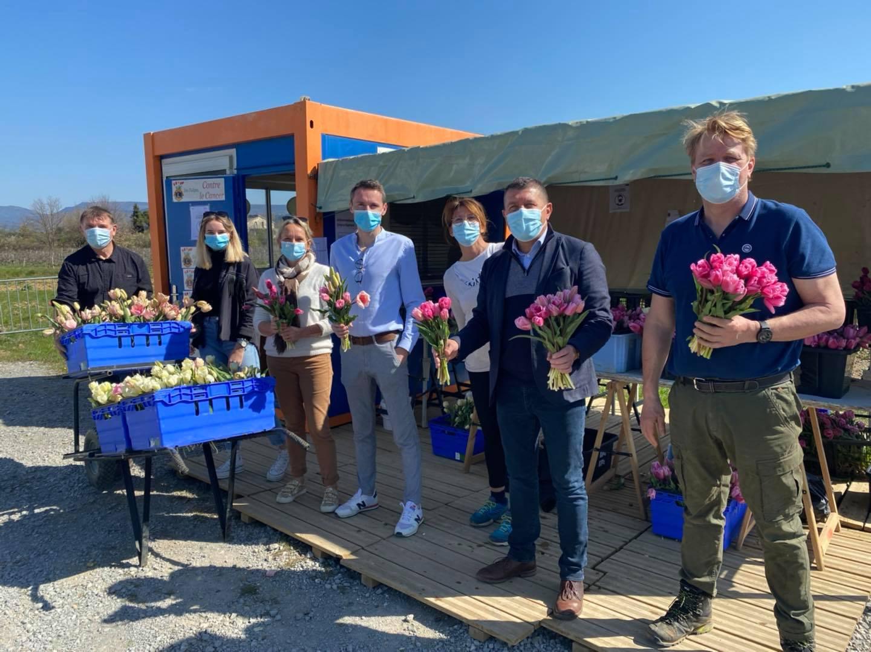 Tous ensemble pour le lancement de l'opération «100.000 tulipes contre le Cancer».