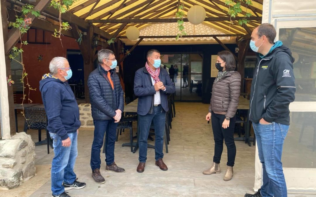 À Vals-les-Bains et Joannas, au contact des acteurs économiques et touristiques.