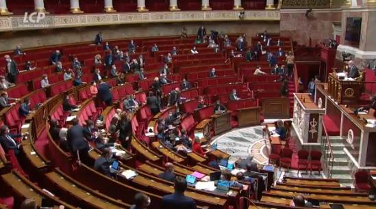 Sortie de l'état d'urgence sanitaire: Parlement méprisé + texte liberticide = le Pass sanitaire rejeté ! Puis rétabli, dans un second temps, dans un déni de démocratie.