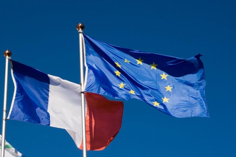 Je propose l'usage de la langue française à tous les étages de l'Union Européenne