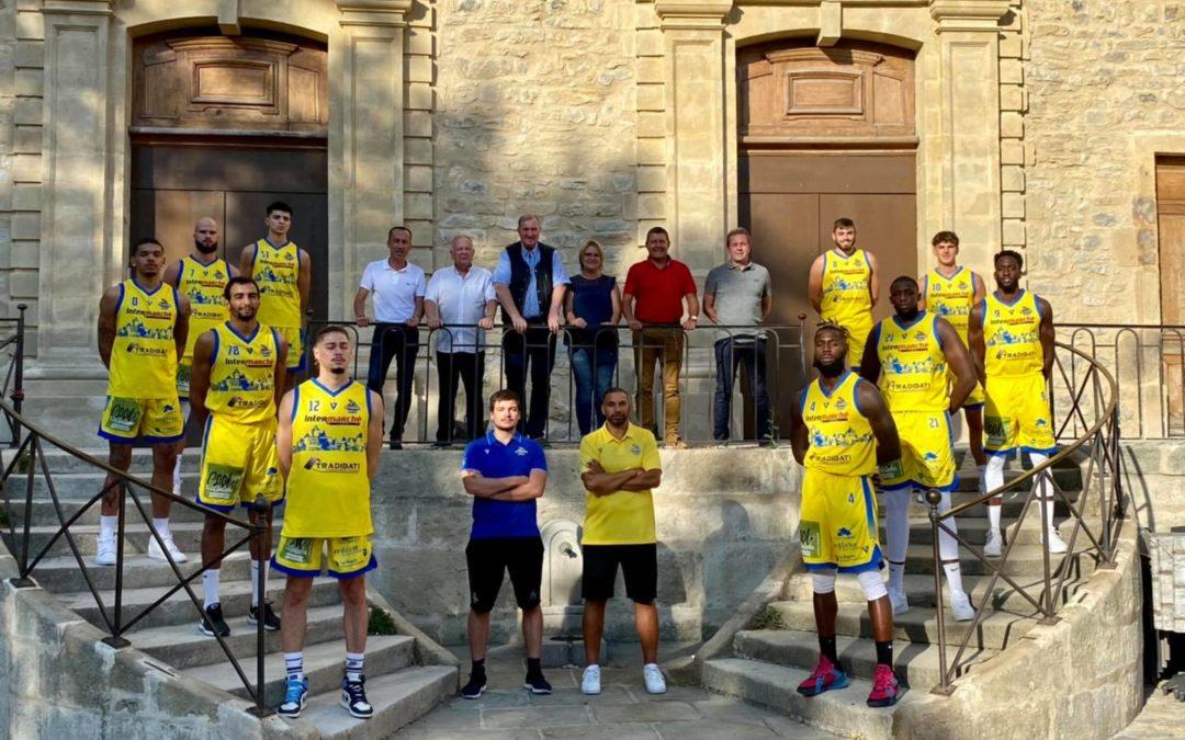 Présentation de l'équipe NM2 de l'US Aubenas-Basket.