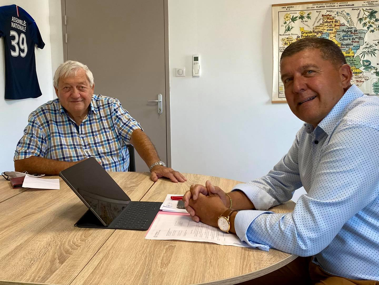 Réunion de travail avec Jacques Genest sur les dossiers de la Montagne Ardéchoise.